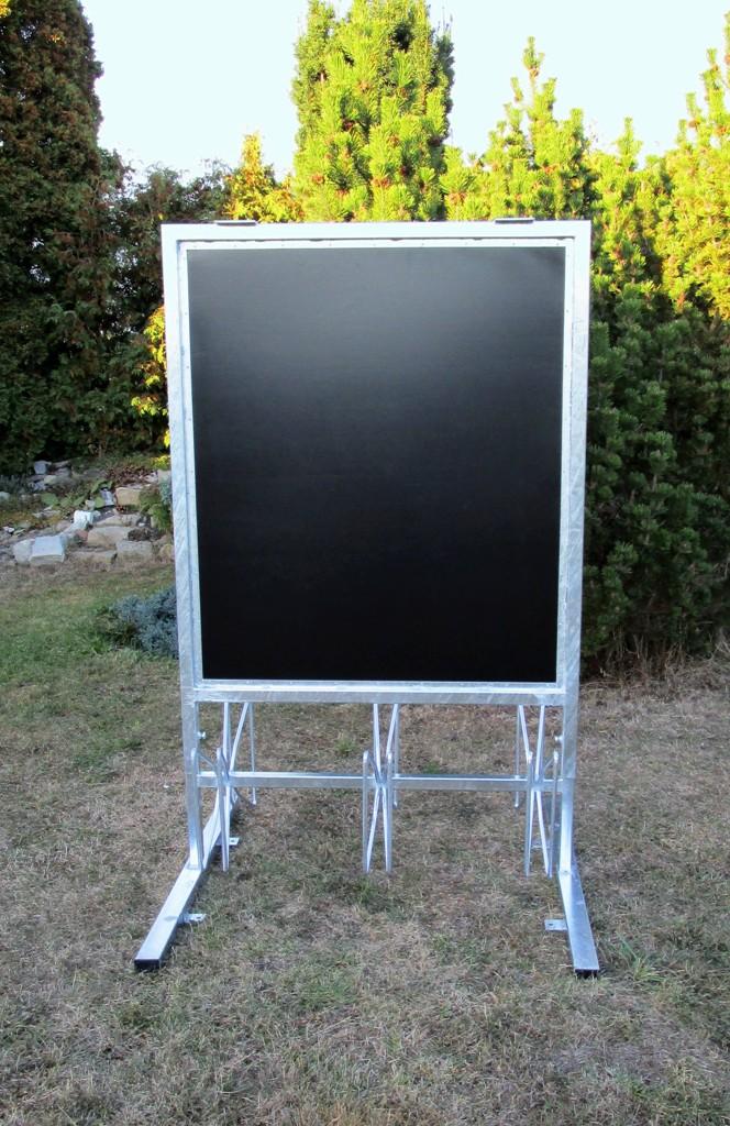 Stojan na šest 6 kol s reklamní tabulí žárový pozink